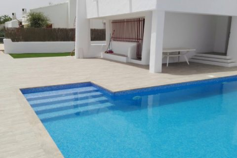Reform and construction of swimming pool in Cartagena