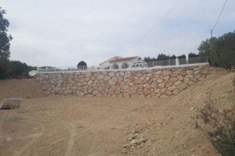 Muro de escollera en Murcia